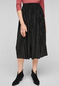 s.Oliver - Pleated skirt - black - 0