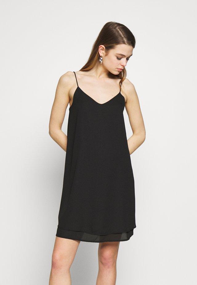 PCBODIL SLIP DRESS NOOS BC - Vapaa-ajan mekko - black
