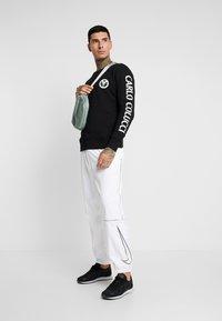 Carlo Colucci - Sweatshirt - schwarz - 1