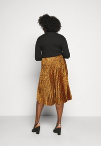 CAPSULE by Simply Be - ANIMAL PRINT WRAP FRONT PLEATED MIDI SKIRT - A-line skirt - tan/black - 2