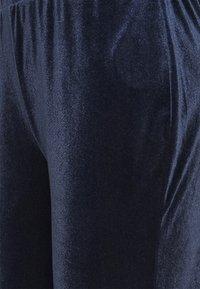 Vila - VIVELVETTA FLARED PANT - Tracksuit bottoms - navy blazer - 2