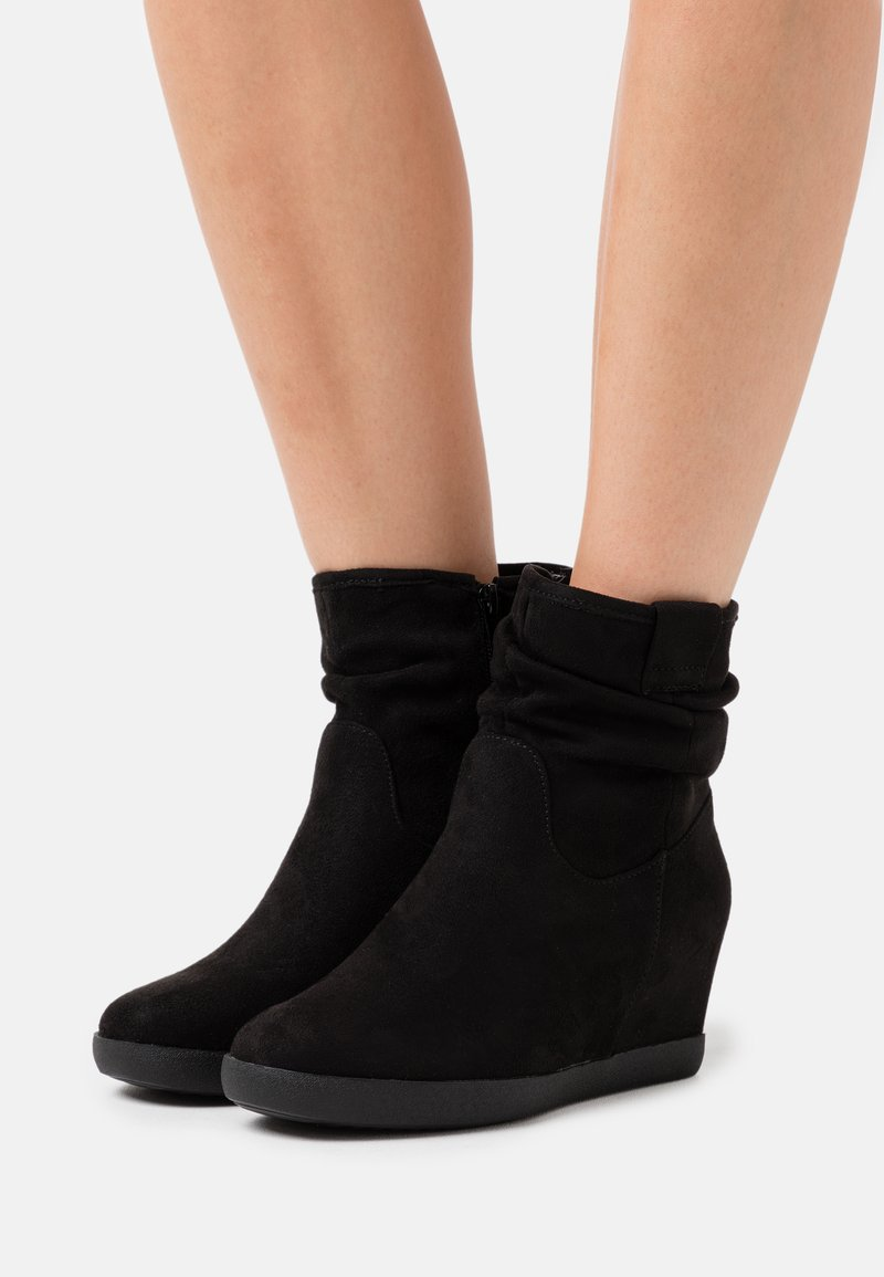 Anna Field - HAWAI - Wedge Ankle Boots - black