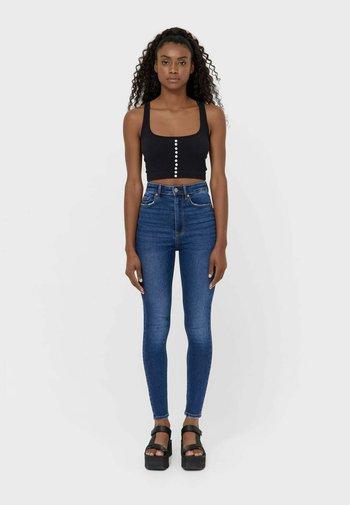 SUPER HIGH WAIST IM VINTAGELOOK - Skinny džíny - dark-blue denim