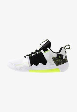 Basketball shoes - white/volt/black