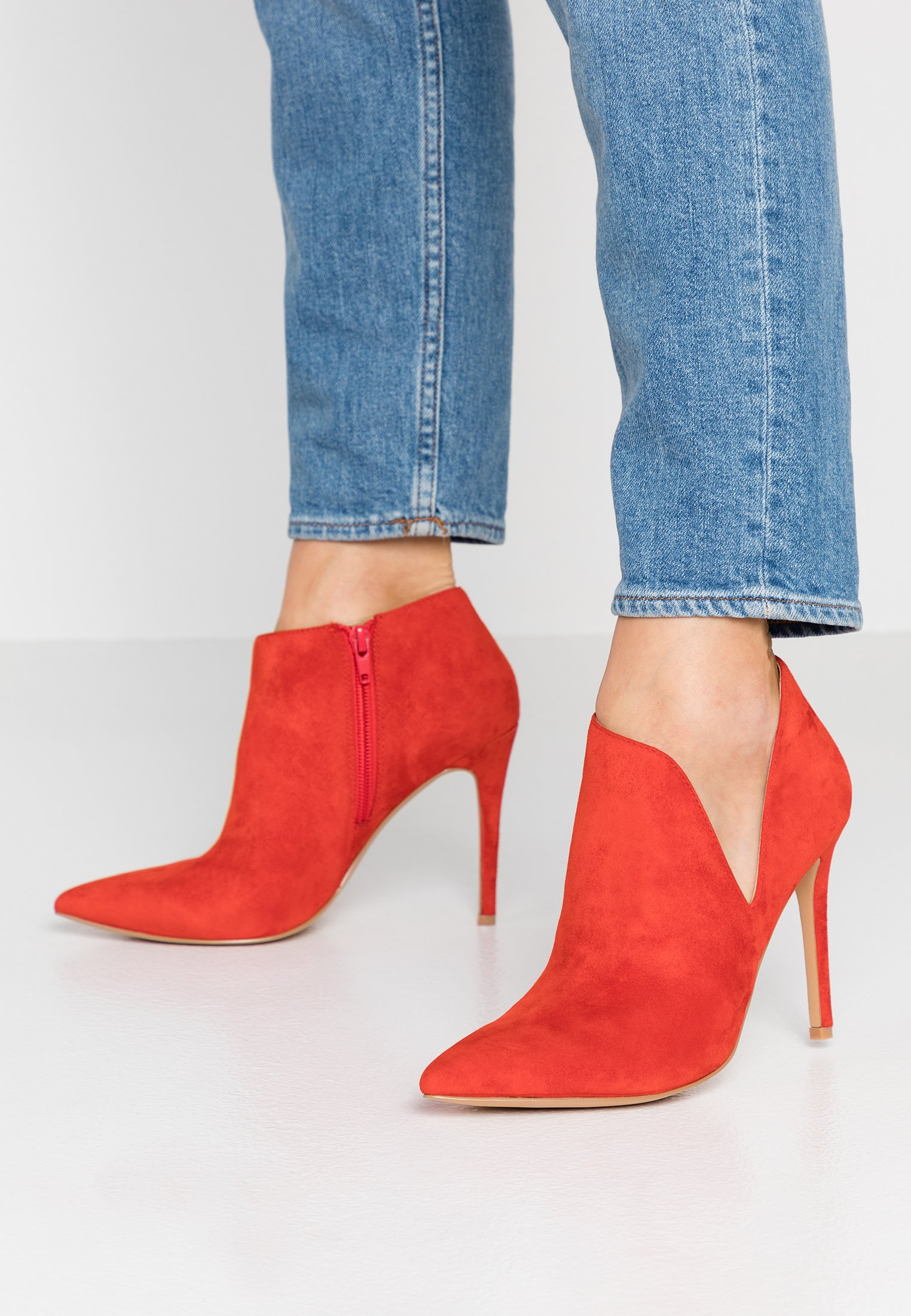 Prescripción Torbellino Renacimiento  Steve Madden ARIZA - High heeled ankle boots - red/red - Zalando.co.uk