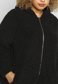 New Look Curves - HOODED CLEO BORG  - Vinterjakke - black - 5