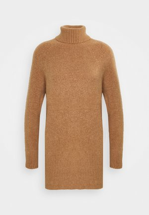 LONGLINE JUMPER WITH ROLL NECK AND LONG SLEEVES - Strikkegenser - camel