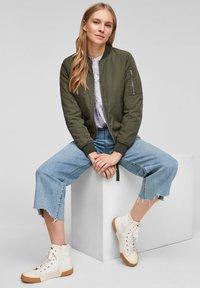 s.Oliver - Light jacket - khaki - 4