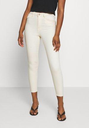 VMSOPHIA  - Jeans Skinny - ecru