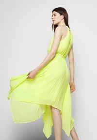 MICHAEL Michael Kors - HALTER CHAIN - Cocktail dress / Party dress - limeade - 3