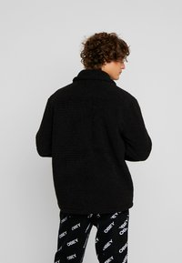 Weekday - RUSS PILE JACKET - Fleecejakker - black - 2