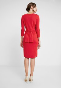 comma - DRESS SHORT - Strikket kjole - red - 3