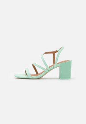 ASTEANI - Sandals - light green