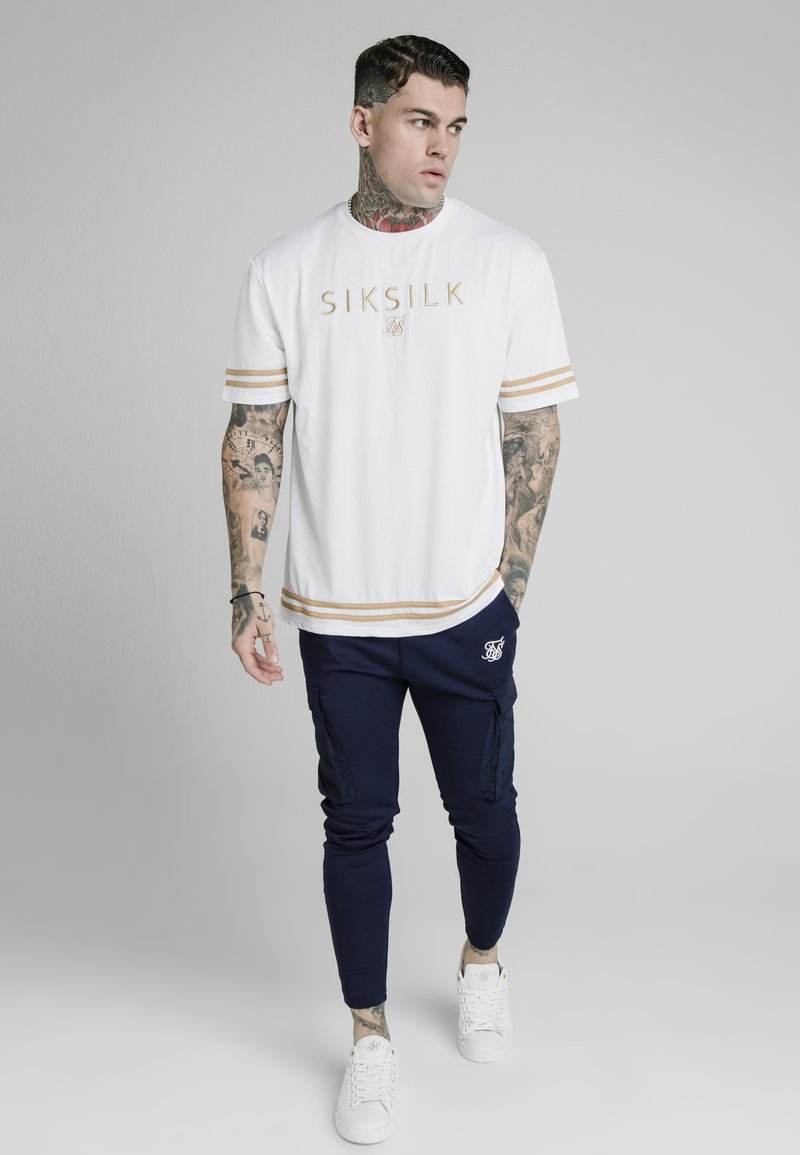 SIKSILK - ESSENTIAL TEE - Print T-shirt - white