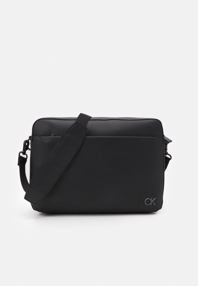 Calvin Klein - MESSENGER UNISEX - Sac ordinateur - black