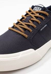 Jack & Jones - JFWTHAI - Trainers - graphite - 5