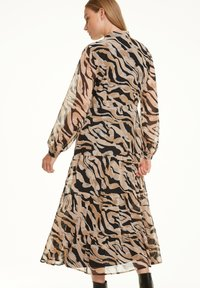 comma - Shirt dress - black zebra lines - 2