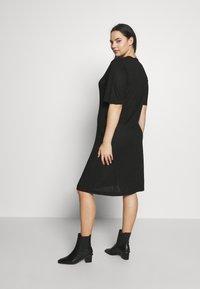 Simply Be - SIDE SPLIT - Pletené šaty - black - 2