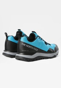 The North Face - M ACTIVIST FUTURELIGHT - Sneakers - meridian blue/tnf black - 2