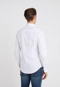 Emporio Armani - Formální košile - white - 2