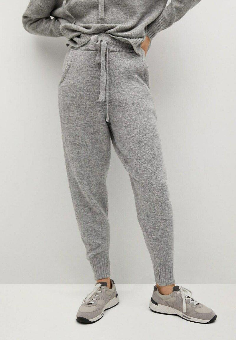Mango - COSY-I - Teplákové kalhoty - gris medio vigoré