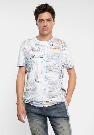 CELSO - T-shirt med print - white