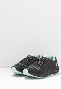Under Armour - CHARGED BANDIT TRAIL - Trail running shoes - jet gray - 2