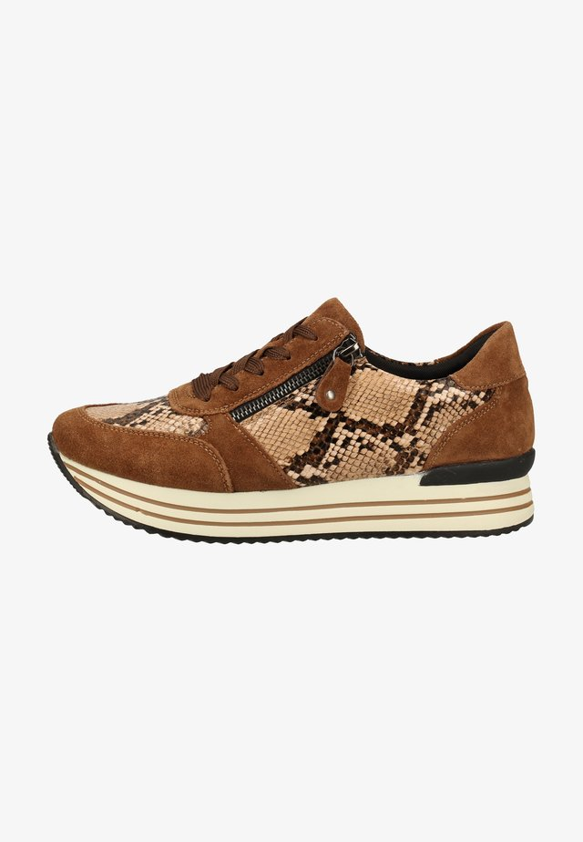 Sneakers laag - amaretto/brown / 24