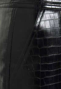 Liu Jo Jeans - GONNA LONGUETTE CASTERLY - Kokerrok - nero - 3