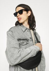 KARL LAGERFELD - JACKET UNISEX - Denim jacket - light grey - 3