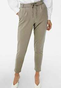 ONLY - LOOSE FIT - Tracksuit bottoms - walnut - 3