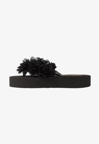 FLOWER TRIM - T-bar sandals - black