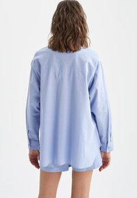 DeFacto - OVERSIZED - Button-down blouse - blue - 2