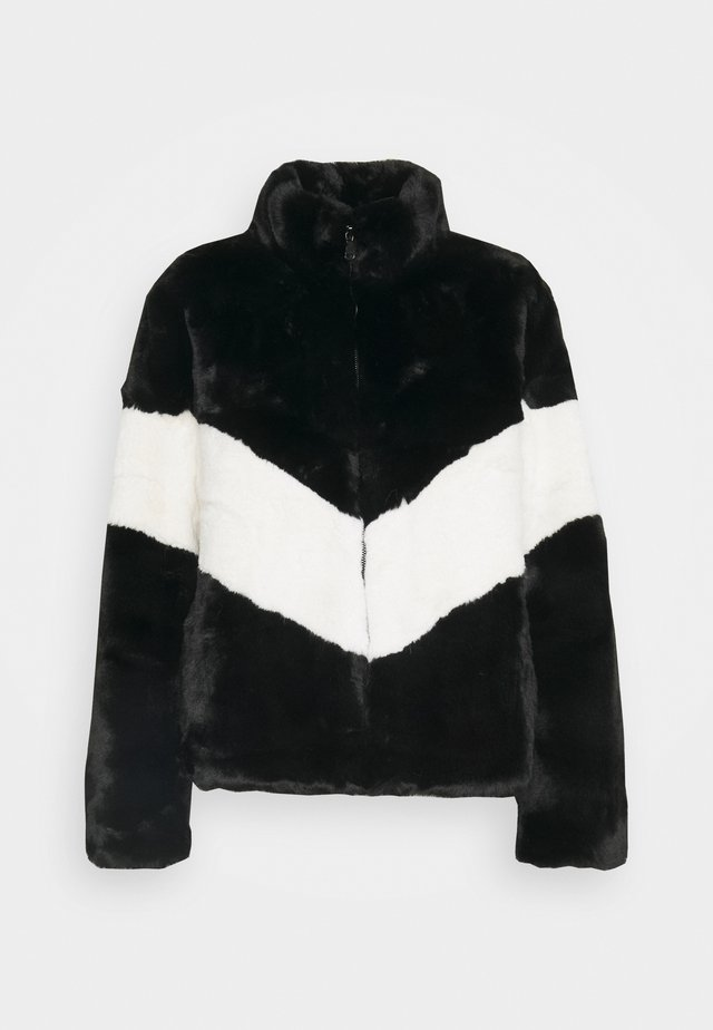 SAFARI - Lehká bunda - black