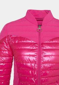 Guess - Light jacket - shocking pink - 2