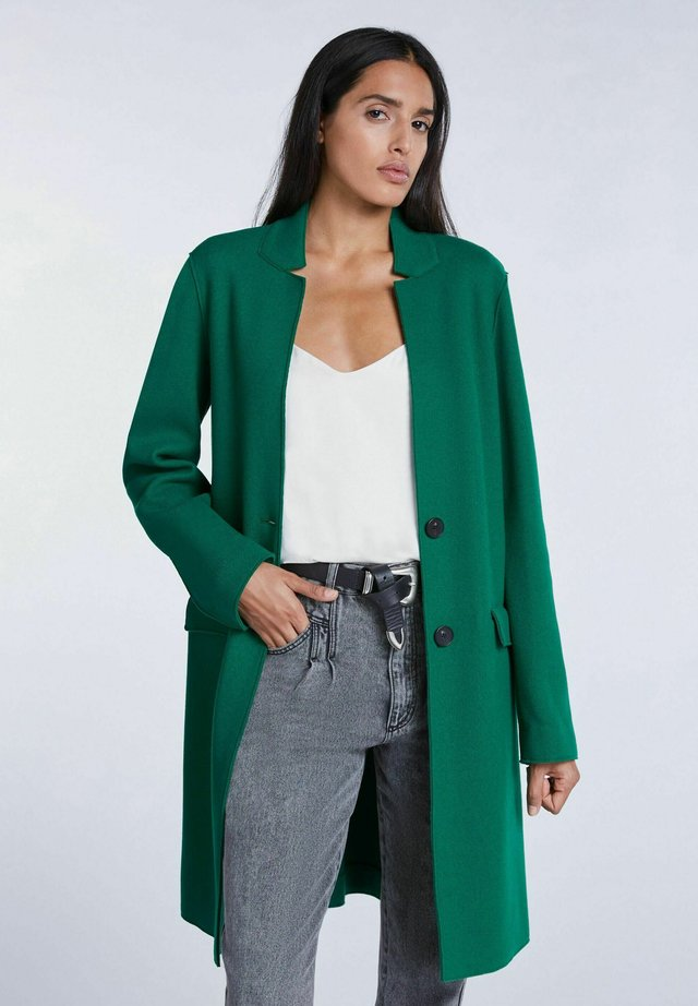 Classic coat - apple green