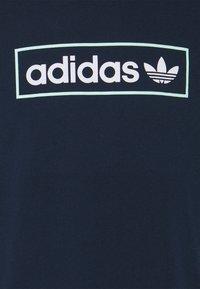 adidas Originals - LINEAR LOGO TEE - Print T-shirt - collegiate navy - 5