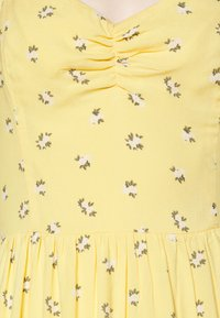 Hollister Co. - BARE SHORT DRESS - Day dress - yellow - 6