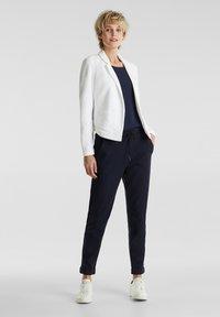 Esprit - KNIT BLAZER - Blazer - white - 1