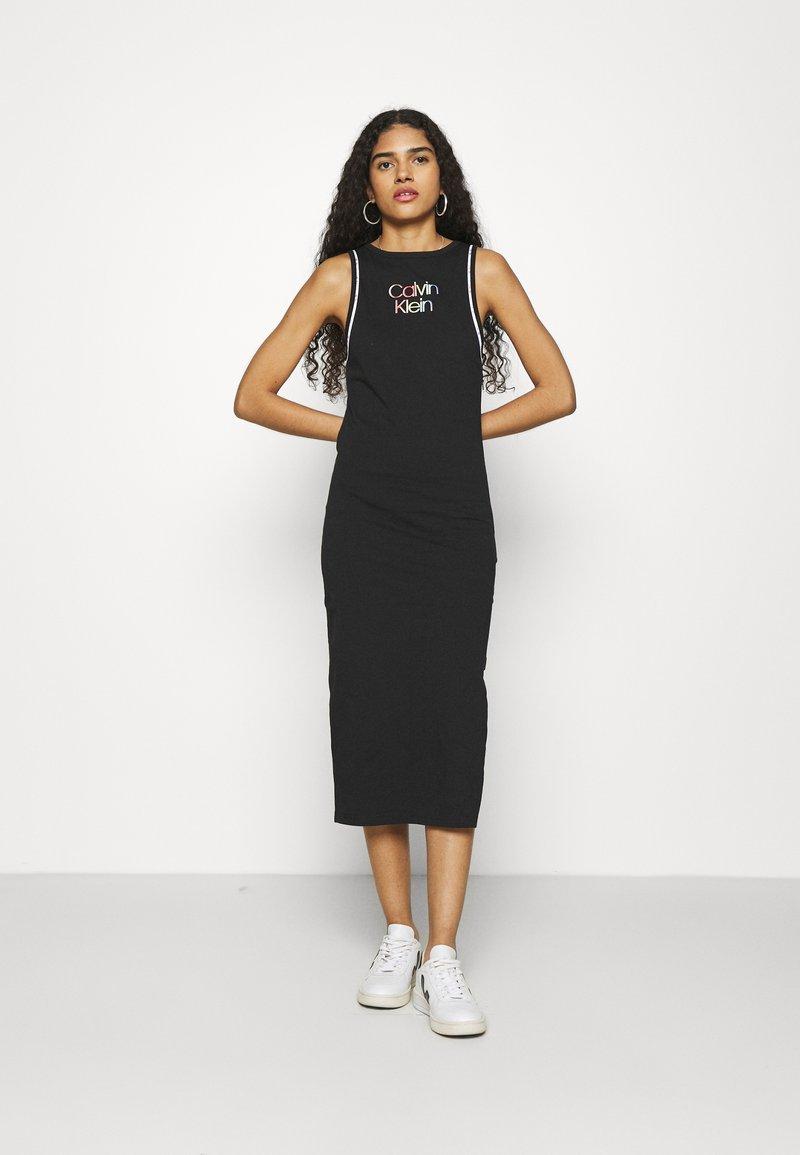 Calvin Klein - PRIDE DRESS - Jerseyjurk - black