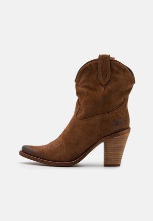 STONES - Kotníková obuv na vysokém podpatku - marvin brown
