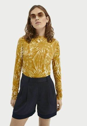Long sleeved top - combo e