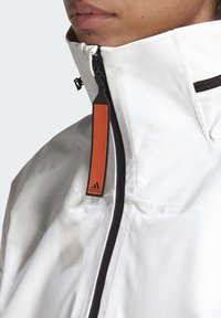 adidas Performance - MYSHELTER URBAN RAIN.RDY OUTDOOR - Waterproof jacket - white - 7