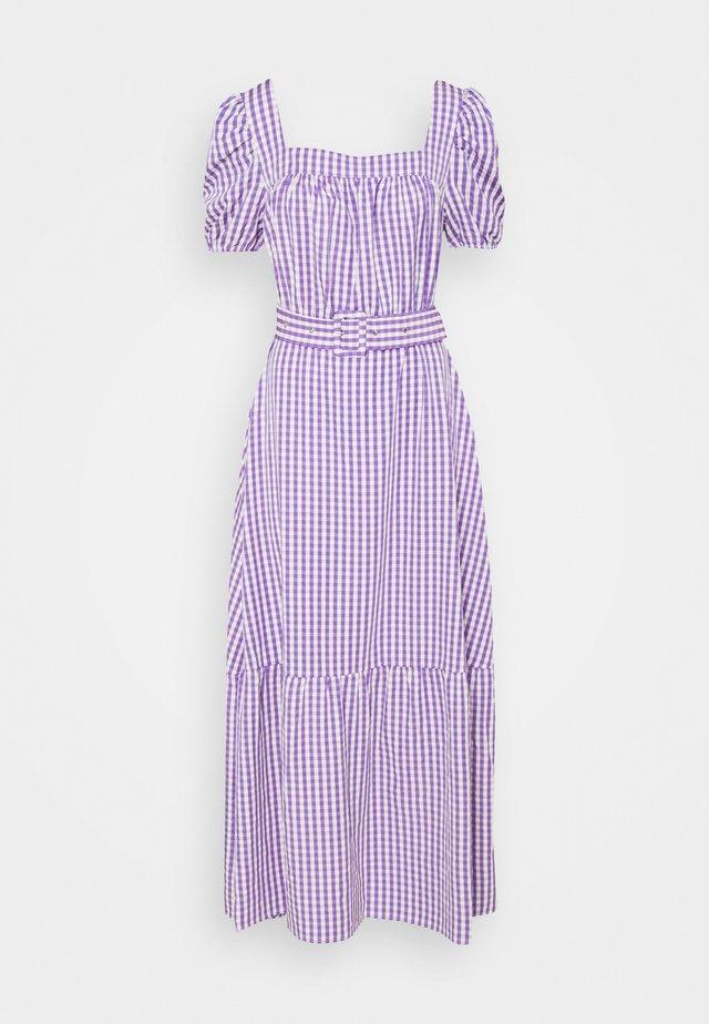 VIGRIMDA MAXI BELT DRESS - Robe d'été - violet tulip/white