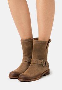 Felmini - GREDO - Cowboy/biker ankle boot - marvin stone - 0