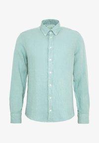 GARMENT DYE SLIM FIT - Shirt - light aqua