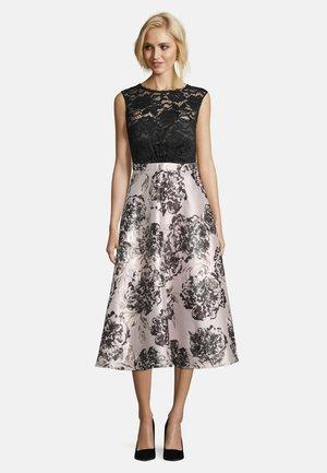 MIT SPITZE - Cocktail dress / Party dress - black/cream