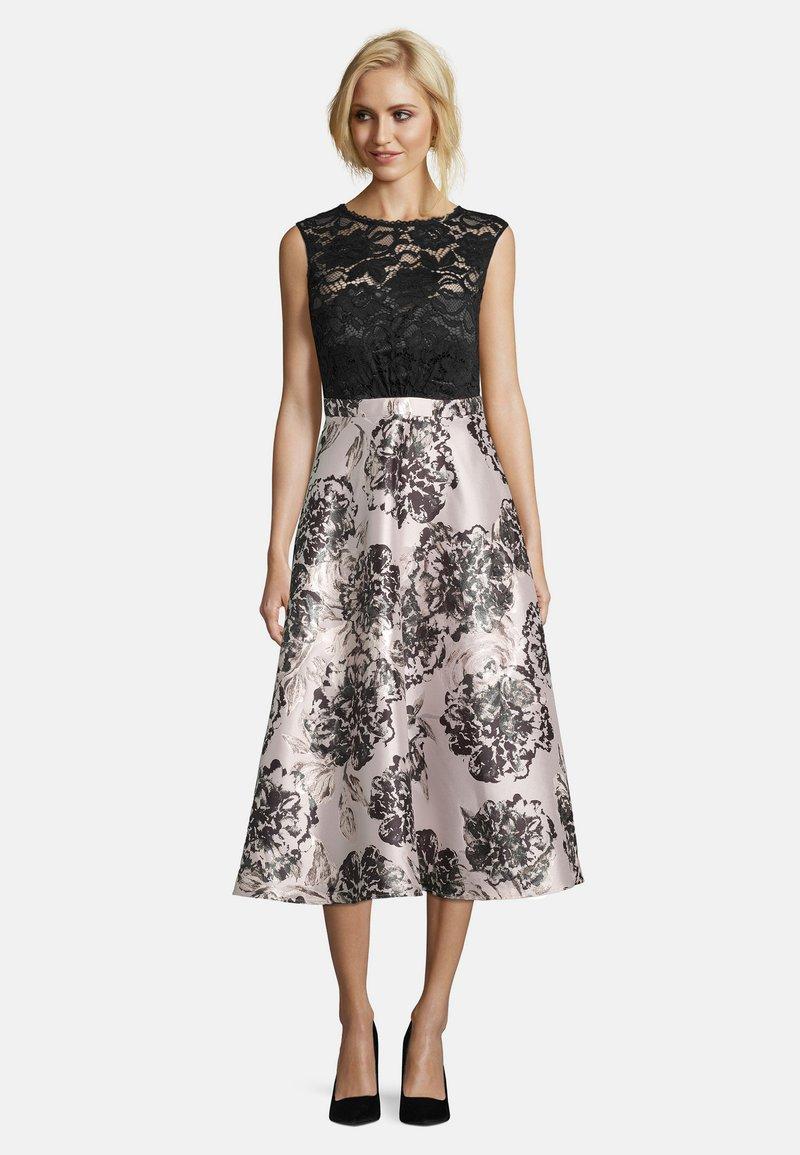 Vera Mont - MIT SPITZE - Cocktail dress / Party dress - black/cream