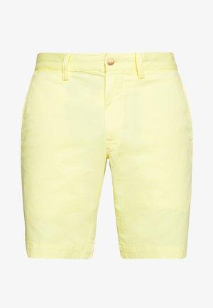 BEDFORD - Shorts - bristol yellow