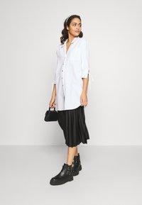 River Island - RICH SHIRT - Button-down blouse - white - 1